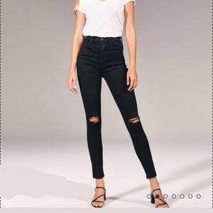 NWT A&F Black Ripped Ultra High Rise Ripped Jean
